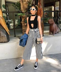 32 vintage summer outfits ideas you will love 1 Capri Outfits, Casual Outfits, Cute Outfits, Fashion Outfits, Womens Fashion, Fashion Trends, Net Fashion, Casual Dresses, Moda Outfits