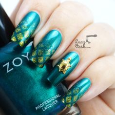 """""""For this manicure I have used Zoya Giovanna (reviewed here), Zoya Kerry, make up sponge, striping tape and HEX charm Turtle no.2."""""""