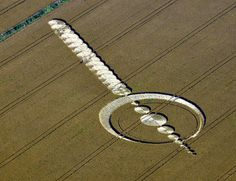 Crop Circle at Windmill Hill, nr Avebury, Wiltshire. Reported 25th July 2012.