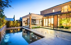 The Canterbury project is an entertainers delight. Combining a modern outdoor living space with a refurbished in ground concrete swimming pool.