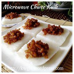 Another Singapore Malaysia Hawker Food–Chwee Kueh or Steamed Rice Cake With Preserved Radish #kenneth_goh   #guaishushu  #chwee_kuih   #水粿