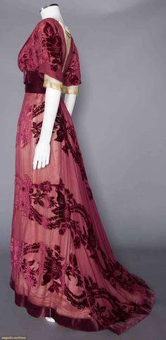 Gown (image 3) | House of Worth | France; Paris | 1908 | cut velvet, chiffon | Augusta Auctions | November 16, 2016