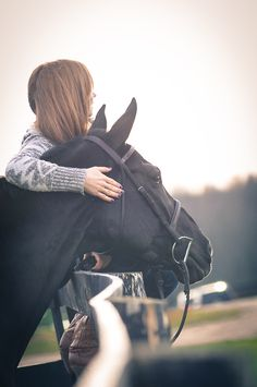 friendship, totally want this photo in a photo shoot with my horse!