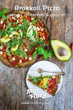 Low Carb Brokkoli Pizza vegan & glutenfrei Rezept Mrs Flury  Low Carb Pizza Rezept, vegane Pizza, ohne Mehl, ohne Kohlenhydrate, Protein Pizza, Proteinpizza, Pizzaboden, Brokkoli Pizza Boden, glutenfrei backen, ohne Milch, ohne Eier, gesund, gesunde Rezepte  #lowcarb #pizza #brokkoli #vegan #gesunderezepte #mrsflury Low Calorie Pizza, Low Calorie Vegan, Low Calorie Recipes, Italian Recipes, Vegan Recipes, Vegan Food, Protein Pizza, I Like Pizza, Pizza Burgers