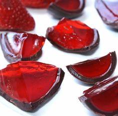 Jello Shots in Chocolate Shells via thatssomichelle.com
