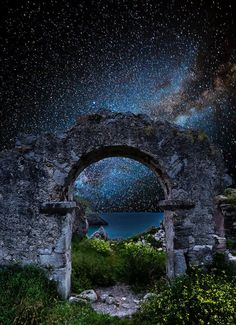 "ary-ferreira-me: "" coiour-my-world: ""Stargate ~ Juan I. Usa People, Jolie Photo, Galaxy Wallpaper, Milky Way, Nature Pictures, Night Skies, Wonders Of The World, Nature Photography, Beautiful Places"