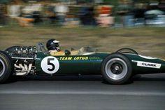 1967 United States Grand Prix, Watkins Glen NY : Jim Clark, Lotus Ford 49 #5, Team Lotus, Winner. (ph: Twitter)