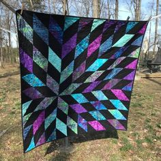 Confessions of a Fabric Addict: Can I Get A Whoop Whoop? A Jewel-Toned Supernova! Batik Quilts, Scrappy Quilts, Fall Quilts, Star Quilts, Quilt Blocks, Quilting Projects, Quilting Designs, Quilting Ideas, Turquoise Quilt