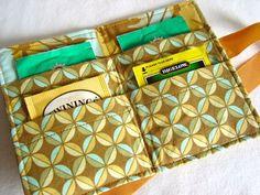 I LOVE this travel tea bag holder!!! Great Job Etsy Person!