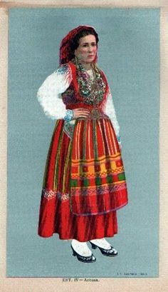 Traditional dress from Nazaré, Portugal. | Traditional ...