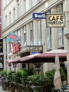 Cafe Hawelka Coffee Shops, Heart Of Europe, Baroque Architecture, City Restaurants, Mountain Village, Shop Around, Vienna Austria, Vienna, Monuments