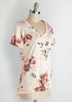 Florist's Apprentice Tee in Ivory. Learning to create compelling bouquets? #pink #modcloth