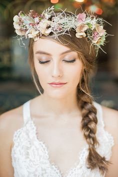 When it comes to looking for the perfect accessory to top off your wedding outfit, nothing quite comes close to an impeccably styled floral crown. But really, regardless of the occasion, floral crowns have a way of lending just the right amount romantic flair to every look, which is why we couldn't be more delighted to share this fab beauty shoot and DIY tutorial, with florals by Reina Cai of Wonderland For Detailed Planners, hair and makeup by Joanna Koh of Indigo Artisans, outfits from ...