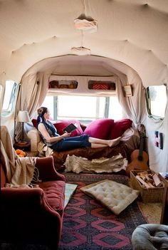 I could do some serious reading, jamming and discoing (napping) in this Airstream.