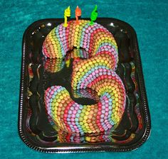 3-tals kage med mini smarties