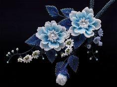 派手カワ水色のお花畑ボリュームビーズネックレス  #カザリ咲色 #ビーズ #ビーズフラワー #ビジュー #ハンドメイド #ネックレス #手作り #手芸 #アクセサリー #コスチュームジュエリー #bead #beads #bijou #beading #beadedflower #beadswork #beadwork #beadsph #bijoux #beaded #biser #necklace #handmade