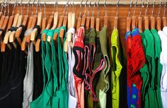 3 Tips on How to Get Rid of Mold on Clothes in Closet Mold On Clothes, Old Clothes, Thrift Clothes, Free Clothes, Online Shopping, Shopping Tips, Shopping Spree, Look Casual Chic, Get Rid Of Mold