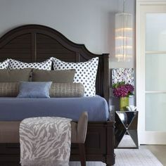 Bedroom Photos Design, Pictures, Remodel, Decor and Ideas - page 14 I like the mix of pattern