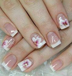 This is a very nice Trendy Nail Arts Design in nude or pastel colors with rhinestone or diamond or glitters , It gives sophisticated and luxurious looks in your nails. Its just enough glitz to have a stylish yet not overbearing nail art design. Cute Nails, Pretty Nails, My Nails, Latest Nail Designs, Nail Art Designs, Beautiful Nail Art, Gorgeous Nails, French Nails, Luxury Nails