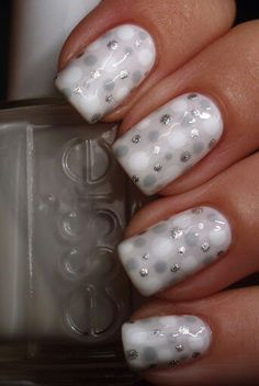 White #DIY #arts #crafts #winter #silver #gray #christmas