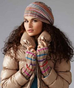 Hat and Wrist warmers - free patterns