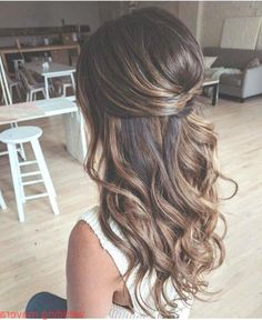 Dec 2019 - Long Hair Targets – Curly Curls – Loose Waves – THM Hair Extensions – Trends – # Hair Extensions – Evening Hairstyles, Wedding Hairstyles For Long Hair, Down Hairstyles, Bridal Hairstyles, Bridesmaid Hairstyles, Brunette Hairstyles, Hair Wedding, Bridesmaid Hair Brunette, Hairstyle Wedding
