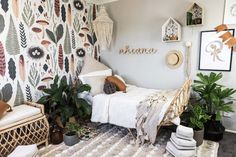 Rhianna's Earthy and Bohemian Girl's Room designed by an Australian parent and and webshop owner specialised in natural kids décor and furniture Estilo Boho, Girls Bedroom, Bedroom Decor, Childs Bedroom, Lego Bedroom, Kid Bedrooms, Botanical Bedroom, Botanical Wallpaper, Childrens Room