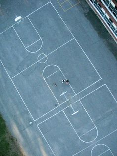 theiloveuglyblog: thevuas: Basketball Courts From Above by Rob Huntley