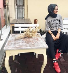 Modest Fashion, Hijab Fashion, Elf Ears, Hijab Stile, Hijab Outfit, Winter Hats, Photo And Video, My Style, Outfit Ideas