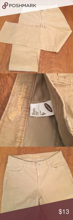 Old navy corduroy jeans tan size 4 These are very nice basic corduroy jeans tan/camel with an inseam of 31 inches. They are boot cut five pocket jeans and there are some markings on the fabric from where they have been folded and laying up against something else and this will come out with a wash or with Ironing. Old Navy Jeans Boot Cut