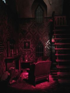 Haunted dollhouse - by Miss Crumplebottom... an actually scary room. For your dolls.
