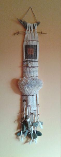 Marina Seoane - Ilustraciones: Terminado el tapiz blanco crudo pequeño