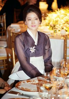 Lee Young Ae still deliberates about 'Dae Jang Geum 2'  #daejanggeum2 #daejanggeum #leeyoungae #hallyuqueen #queen #koreaqueen #koreanactress #hallyudrama #kstyle #hanbok