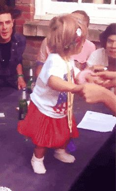 Lux and Harry! {GIF} *crying*  this is literally on this list of top 10 cutest things that ever exsisted :)