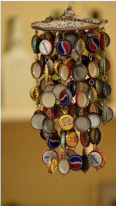 DIY Wind Chime Ideas bottle-cap wind-chime: easy craft project for boys old enough to use a hand drill. J is going to LOVE this.bottle-cap wind-chime: easy craft project for boys old enough to use a hand drill. J is going to LOVE this. Diy Projects To Try, Crafts To Do, Art Projects, Arts And Crafts, Easy Crafts, Kids Crafts, Weekend Projects, Welding Projects, Crafty Projects