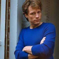 Jon Bon Jovi looking hawt in this rare pic