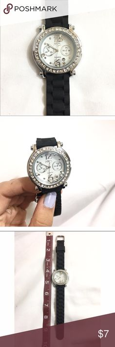 ✨Rubber Watch-Band Watch✨ Super cute watch! Features a time piece set in rhinestones. There are little crystals that move inside the watch. Batteries not included. Watch band is made of rubber and is stretchy! Stainless steel Accessories Watches