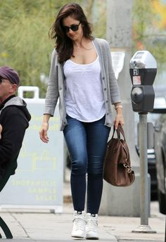 Minka Kelly nice casual outfit