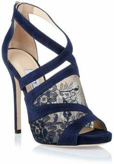Zapatos azules de tacón altohttp://estaesmimoda.com #estaesmimodacom #zapatos #botas #tacon #calzado