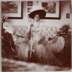The Empress at Vyrubova's house.