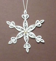 Let's create: Quilling Snowflakes