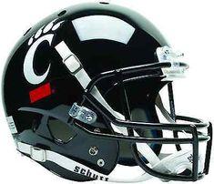 Bears Football, Football Fans, College Football, Football Helmets, Cincinnati Bearcats, University Of Cincinnati, Best Home Gym Equipment, Team Wear, Fan Gear