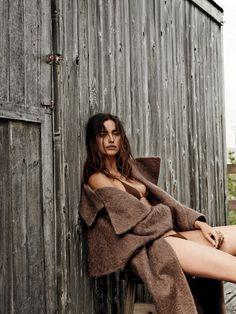 Irina Shayk by Giamapolo Sgura for Vogue Brazil August 2014