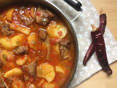 Guiso de patatas con costilla - Exist Tutorial and Ideas Easy Lasagna Recipe, Chicken Skillet Recipes, Beef Recipes, Cooking Recipes, Healthy Recipes, Carribean Food, Colombian Food, Mexican Food Recipes, Ethnic Recipes
