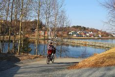 En time nord for Trondheim finner du Levanger. Her finnes det kulturelle, smakfulle og ikke minst ... Trondheim, Street View, Viajes