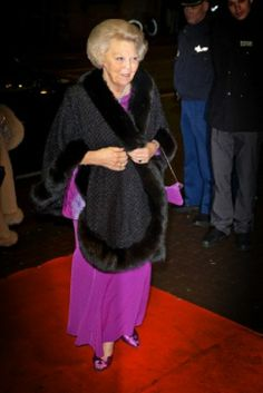 Princess Beatrix attends ballet gala in Amsterdam, 20.01.14