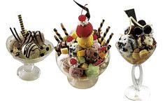 Looking for some sweet chills in Manila's balmy clime? Then take a seat at The Peninsula Manila Lobby and revel in ice cream desserts Frozen by the Sun. Ice Cream Menu, Ice Cream Desserts, I Want Ice Cream, Brownie Sundae, Fancy Dishes, Ice Cream Cookies, Sugar Rush, Candy Buffet, Manila