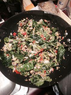 Kale & quinoa salad Baby kale, quinoa, chopped asparagus, chopped red pepper, white onion, black beans, garbanzo beans, olive oil, salt, cilantro, oregano,