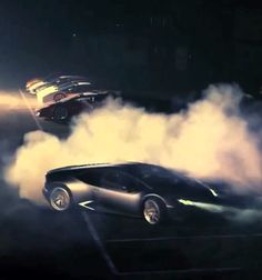 Lamborghini Huracan BURNOUTS! DONUTS! SOUND! Hit the image to watch the incredible  #viralvideo