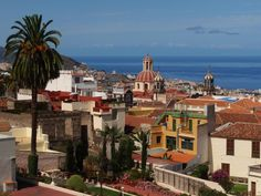 5 Must-Sees in Tenerife, Spain for the Non-Touristy Tourist — Las Morenas De España
